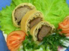 Мясо запеченное в слоенном тесте