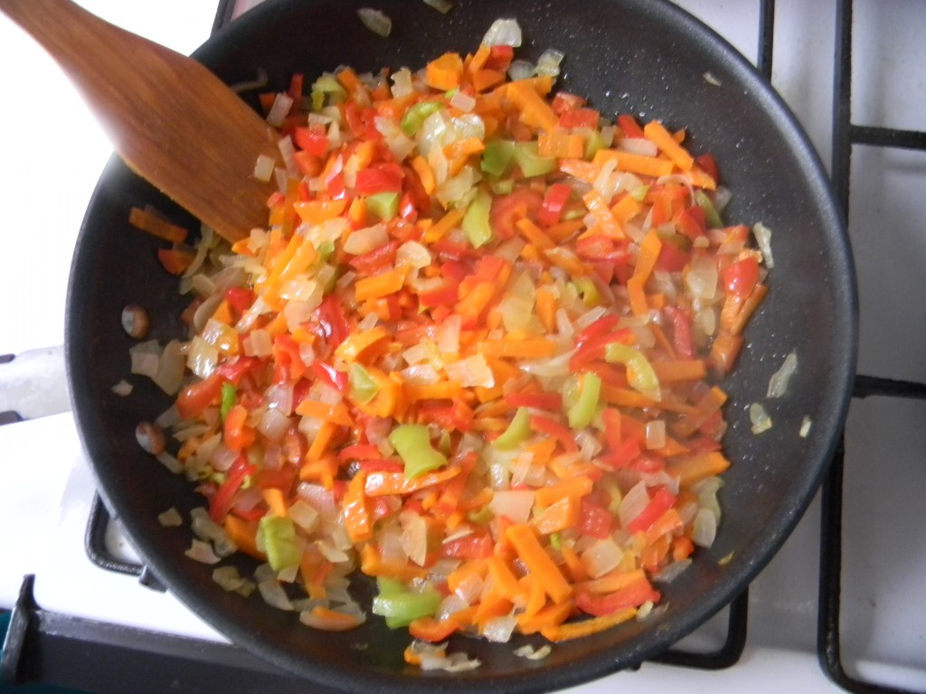 Пасеровка из овощей на сковороде