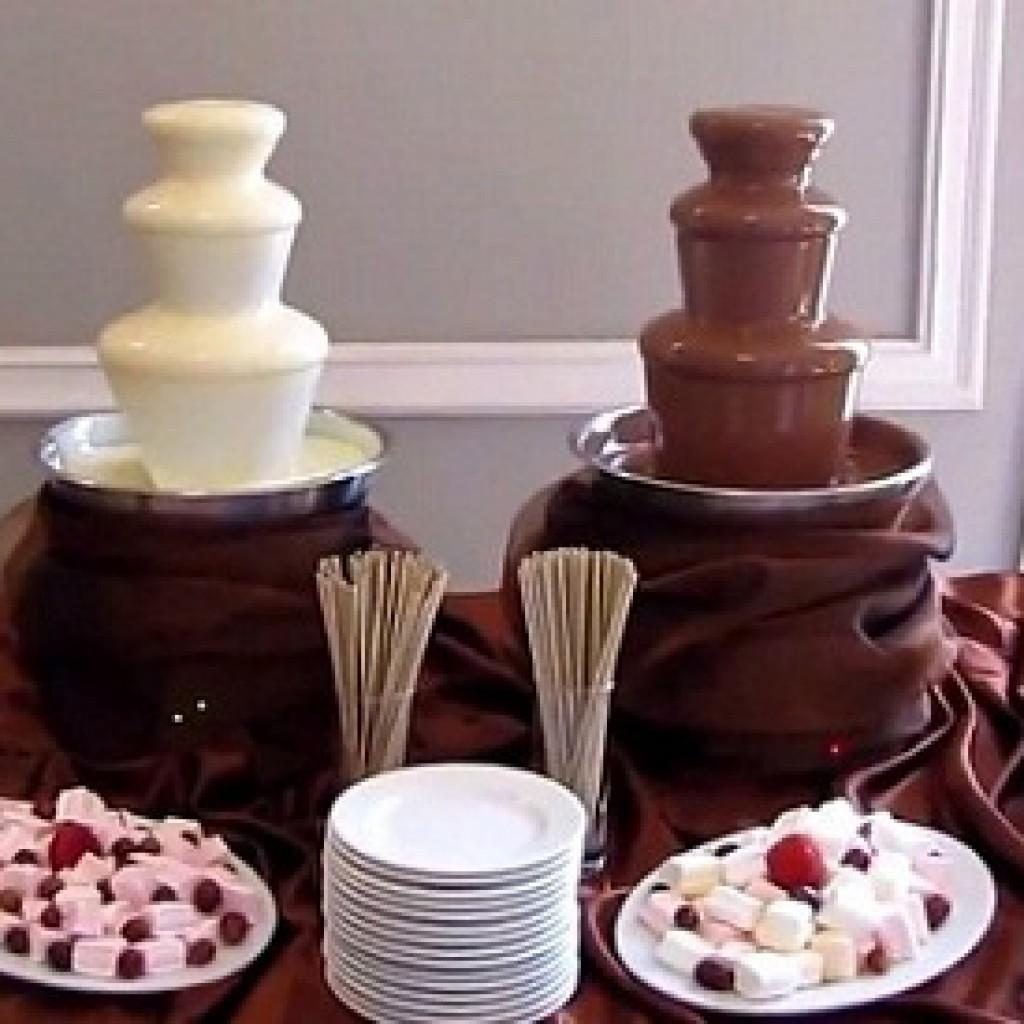 Фондю фонтан из шоколада