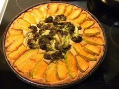 Открытый  пирог с тыквой и капустой