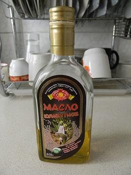 Кунжутное масло в бутылке