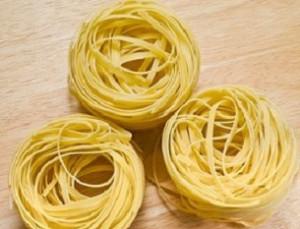 Сырая паста болоньезе в сушеном виде