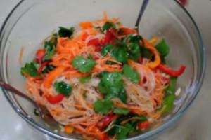 Салат фунчоза по корейски