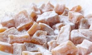 Цукаты из тыквы в сахарной пудре