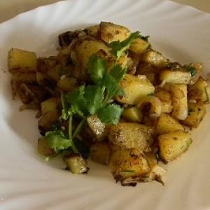 Жареная картошка с луком фото