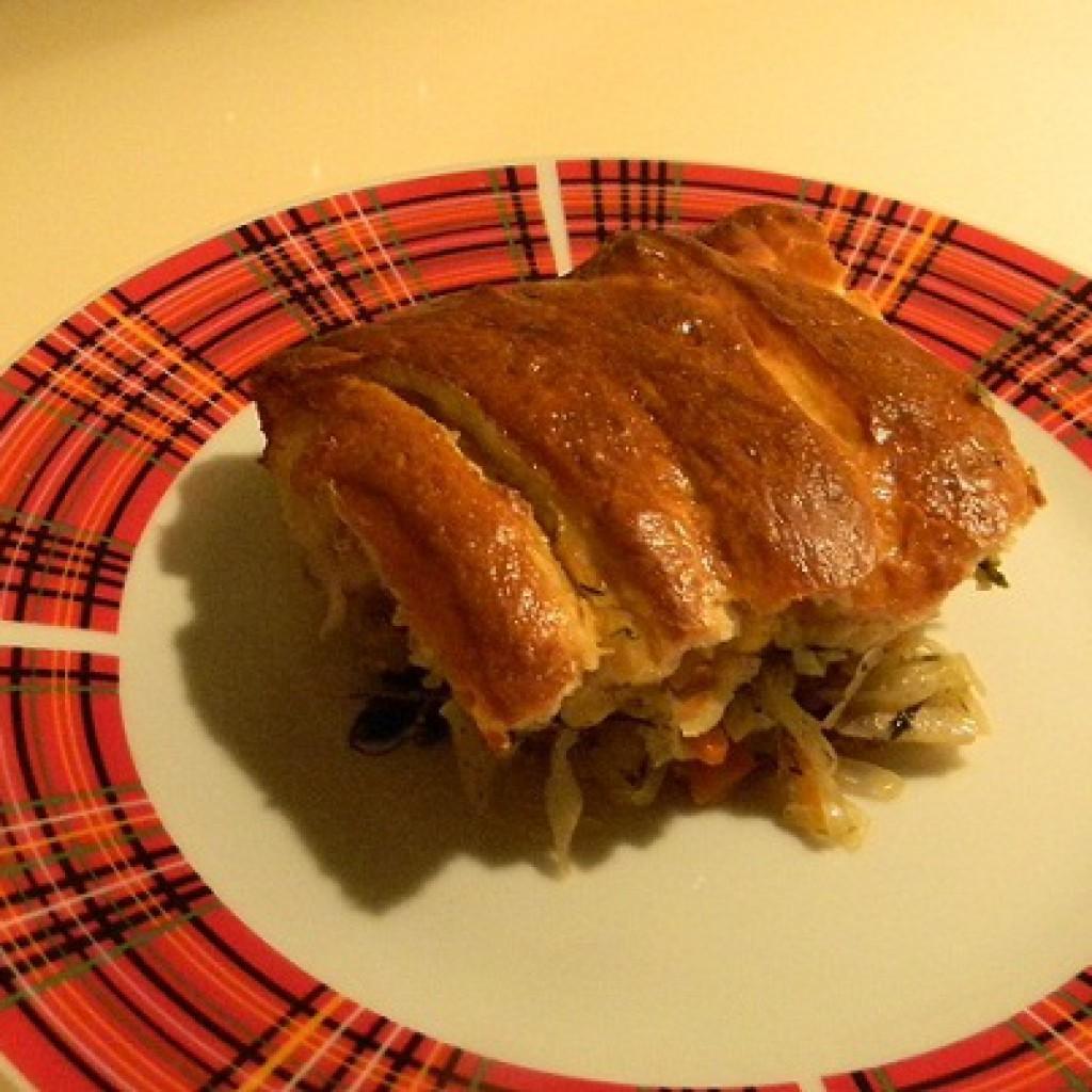 Грибной пирог с капустой быстро и просто