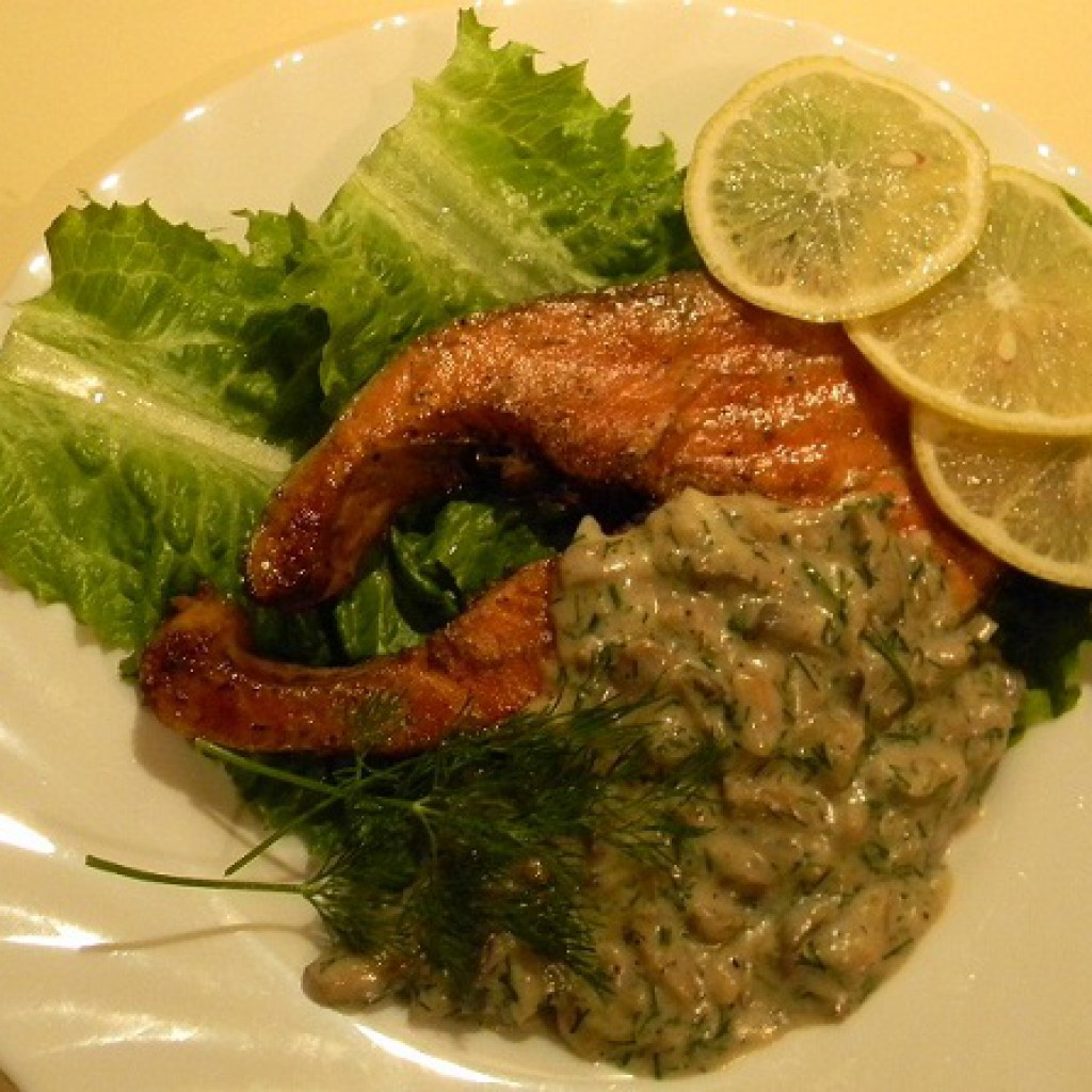 Рыба кижуч стейк на сковороде