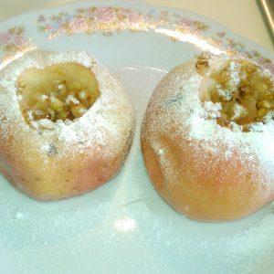 Печеные яблоки в духовке рецепт с корицей