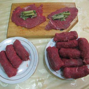 Вкусные мясные рулетики с начинкой рецепты в духовке