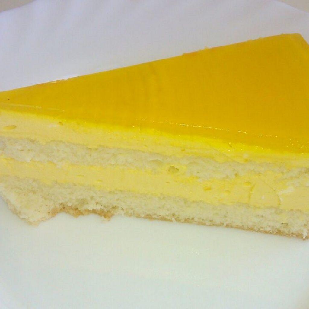 Десерт манго маракуйя торт