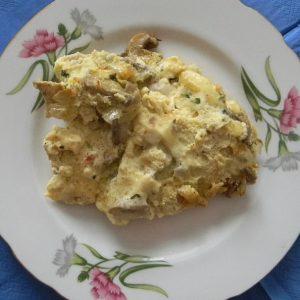 Вкусный пышный омлет на сковороде с грибами