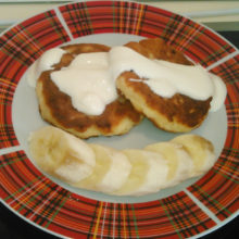 Диетические сырники с бананом