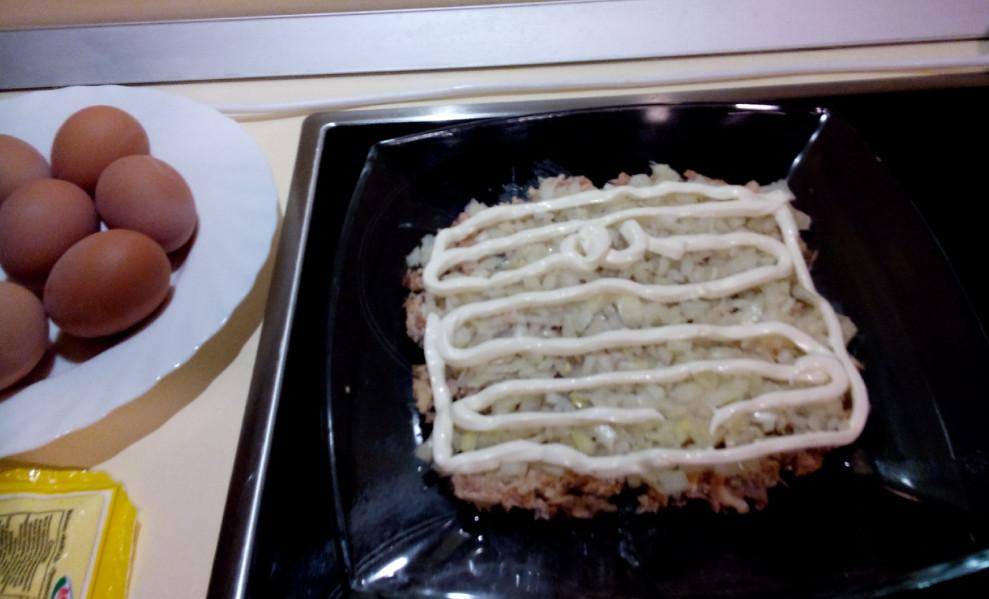 Вкусный салат мимоза с сайрой и рисом рецепт