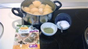 Рецепт пирожков из картофельного пюре с чабрецом