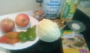 Как сделать салат из свежей капусты с яблоками