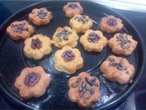 Кукурузное печенье с орешками и семечками тыквы