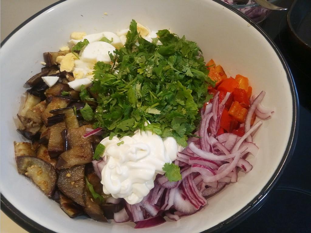 Как готовить баклажаны в салат вкусно