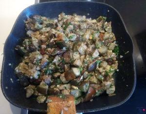 Баклажаны жареные как грибы с яйцом рецепт с чесноком