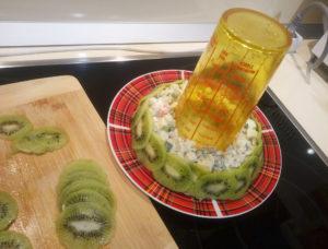 Малахитовый браслет салат классический с киви