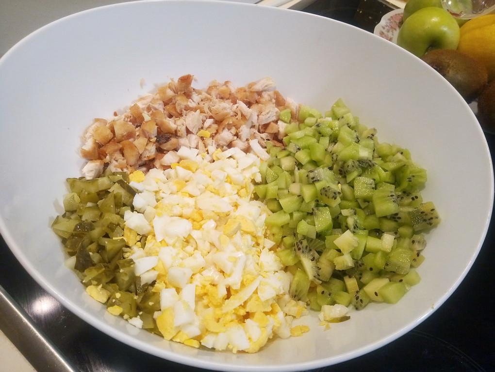 Малахитовый браслет салат классический рецепт с фото с киви