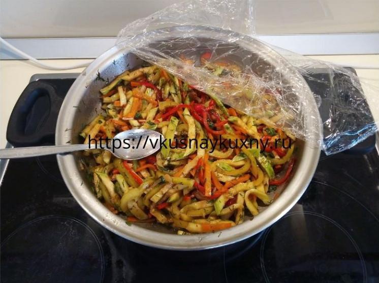 Кабачки по корейски рецепт в домашних условиях с чесноком