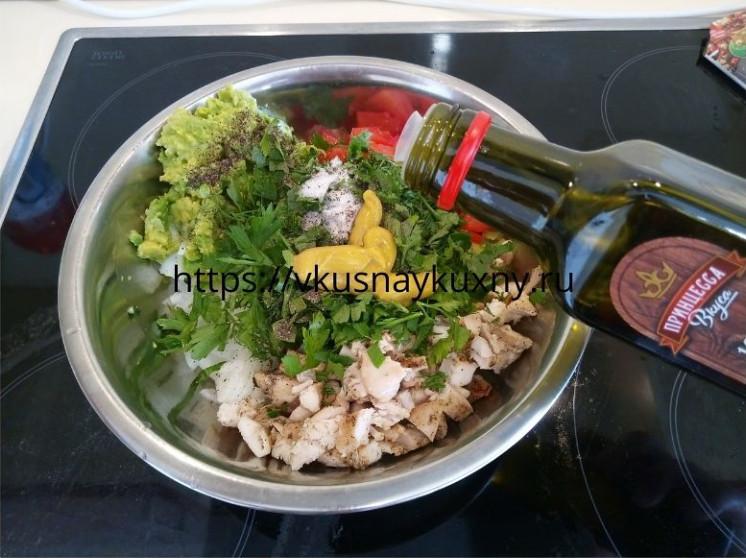 Салат с авокадо и куриным филе рецепт с фото пошаговым