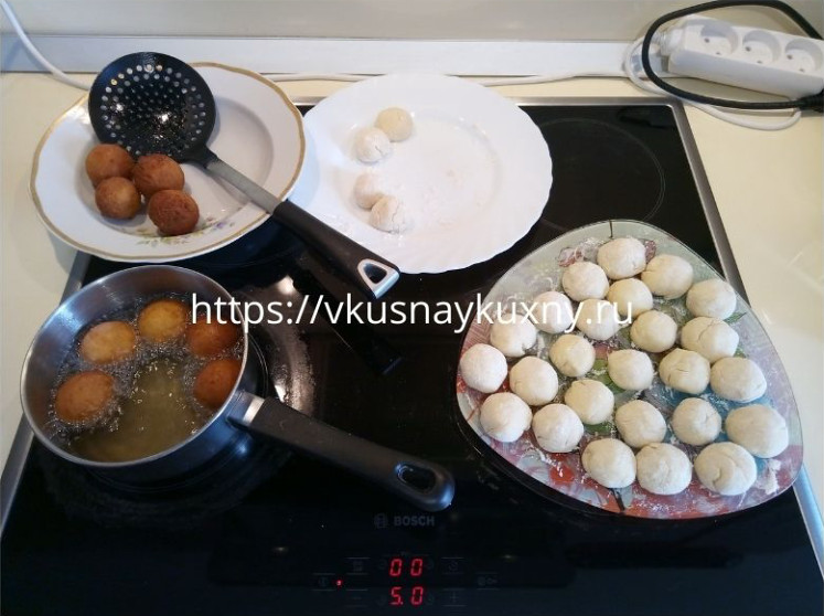 Творожные шарики жареные в масле рецепт пошагово из творожной массы