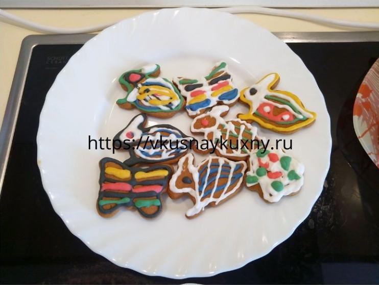 Имбирное печенье заяц, цветок и бабочка