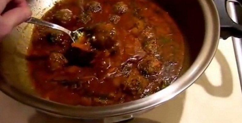 Фрикадельки в томатном соусе рецепт
